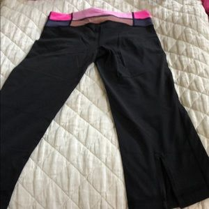 Lululemon cropped work out pants